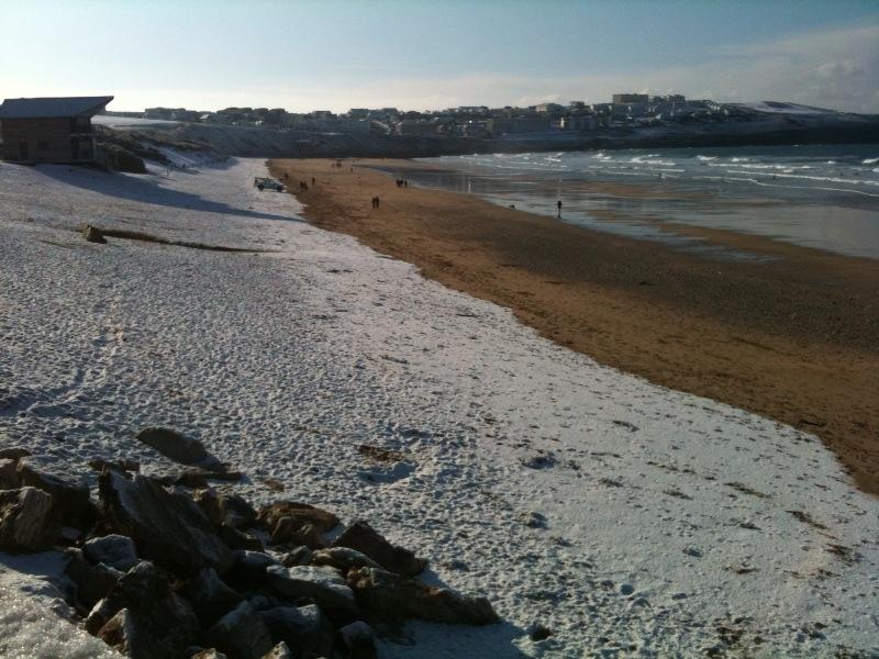 Snow on Fistral beach 27/11/2010